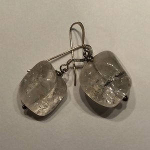 Sterling silver earring with Mountain rock.